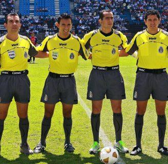 Árbitros de la FIFA: Toda la información que necesita saber
