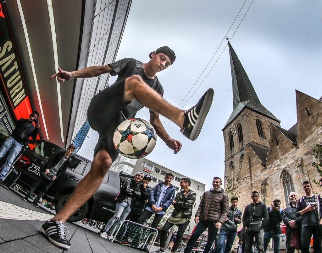 conocer sobre el fútbol callejero