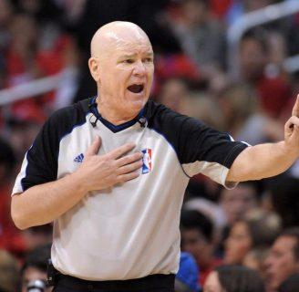 Arbitraje en el Baloncesto: señales y todo lo que necesita saber