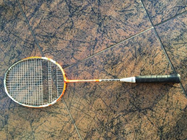 aprender todo sobre la raqueta de bádminton