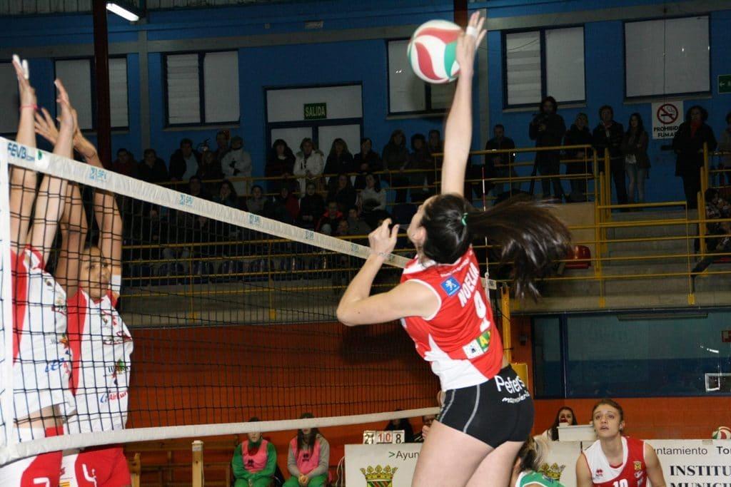 Remate y bloqueo en voleibol