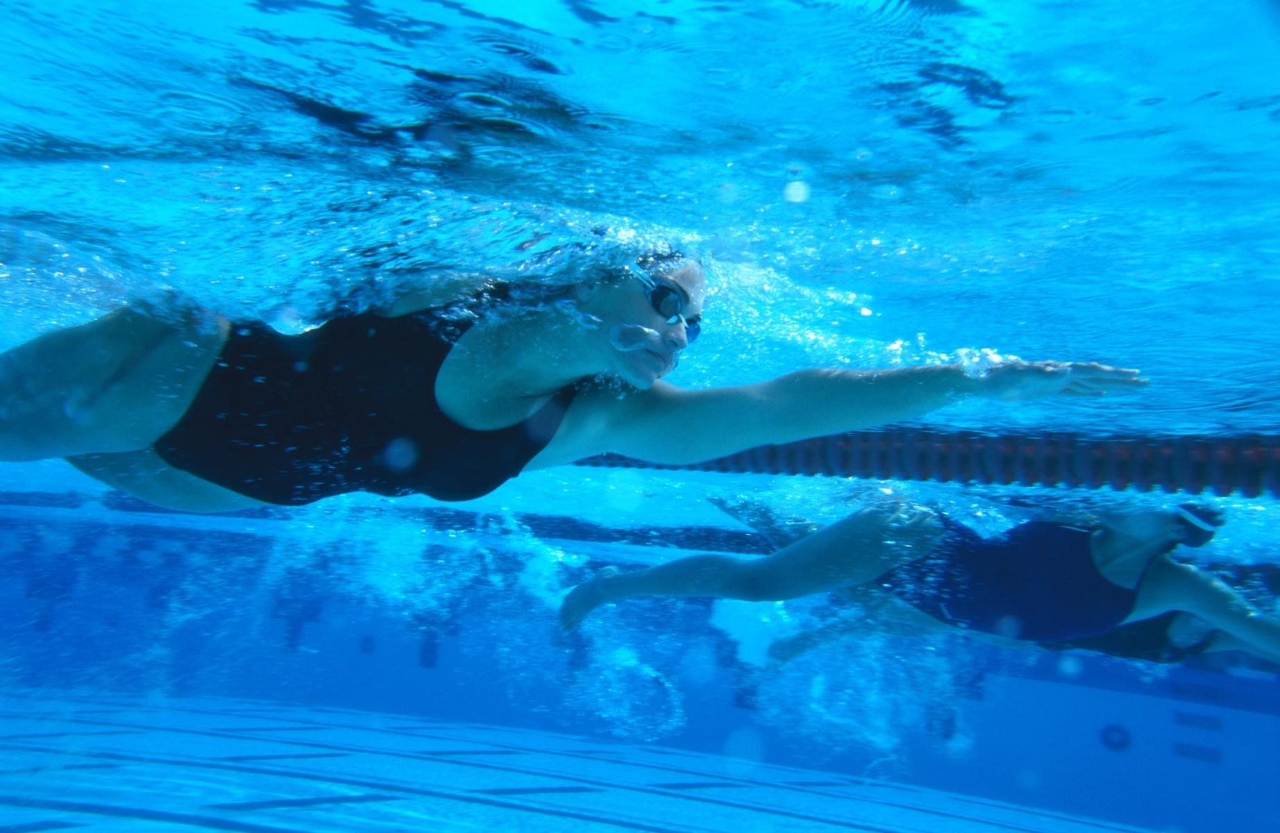 Entrenamiento de natación para adelgazar