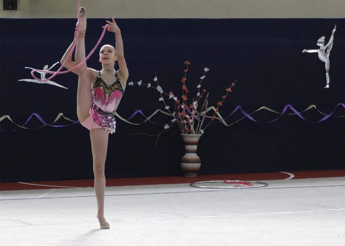 Cuerda-de-gimnasia-rítmica-1