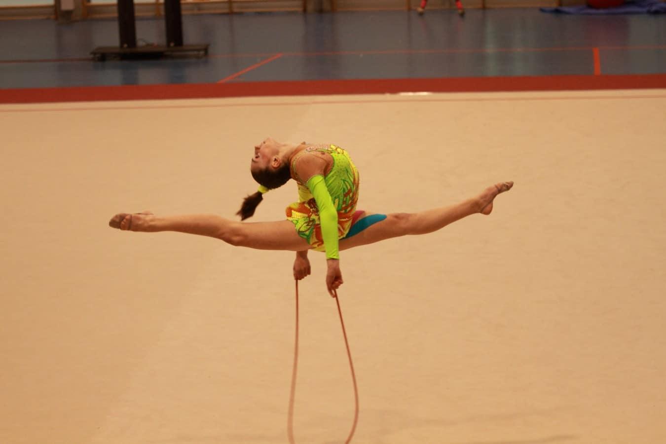 Cuerda-de-gimnasia-rítmica-4