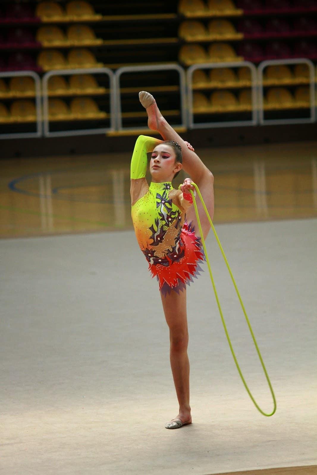 Cuerda-de-gimnasia-rítmica-3