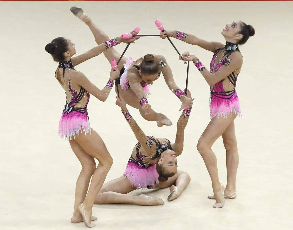 Mazas-de-gimnasia-rítmica-4