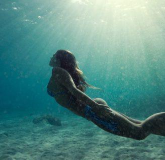 Cómo nadar bajo el agua: todo lo que necesita aprender