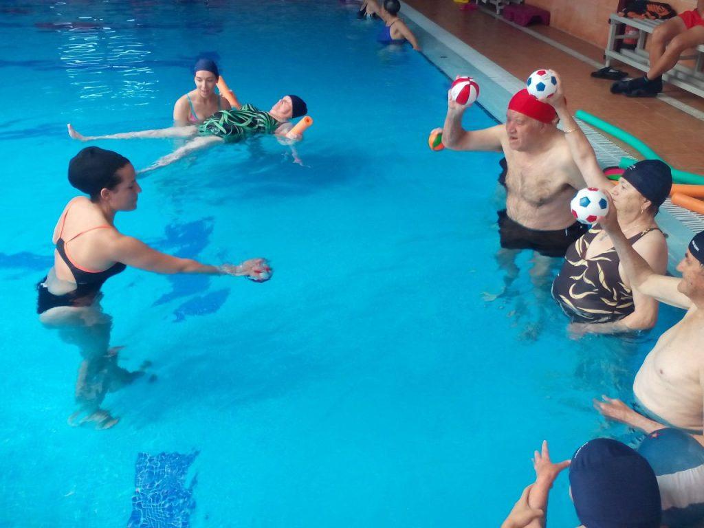 Ejercicios-de-natación-terapéutica-6