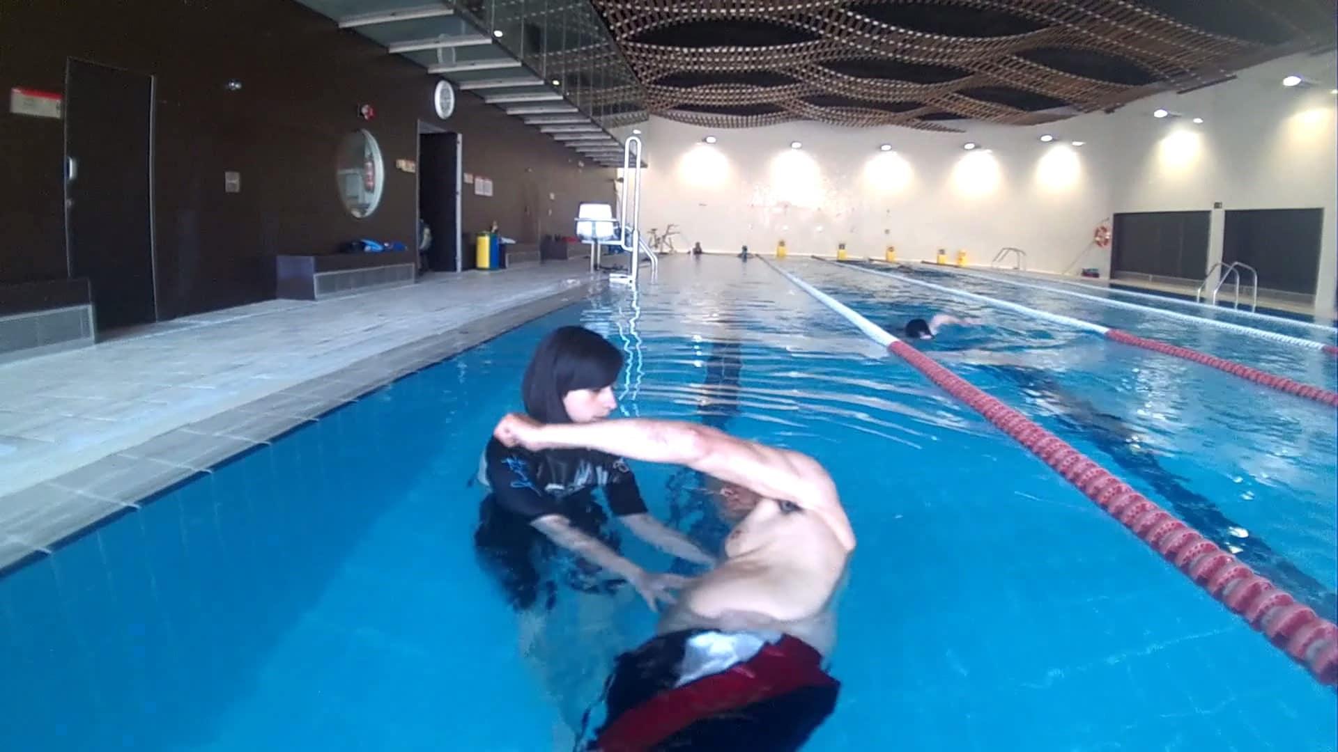 Ejercicios-de-natación-de-espalda-5