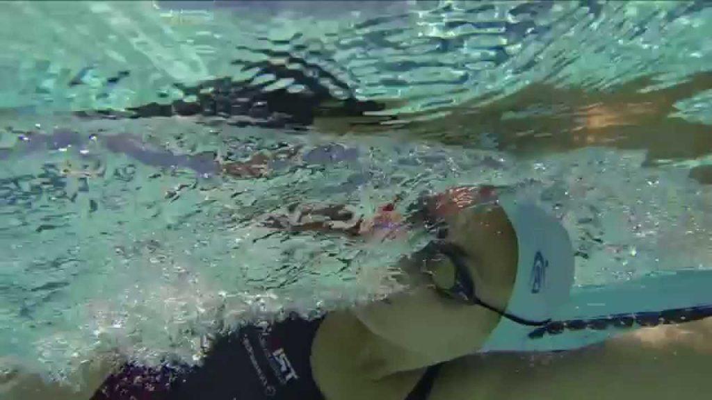 aprender todo sobre cómo respirar nadando