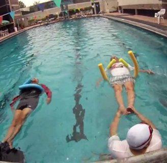 Ejercicios de natación de espalda: terapéutica, y todo lo que desconoce