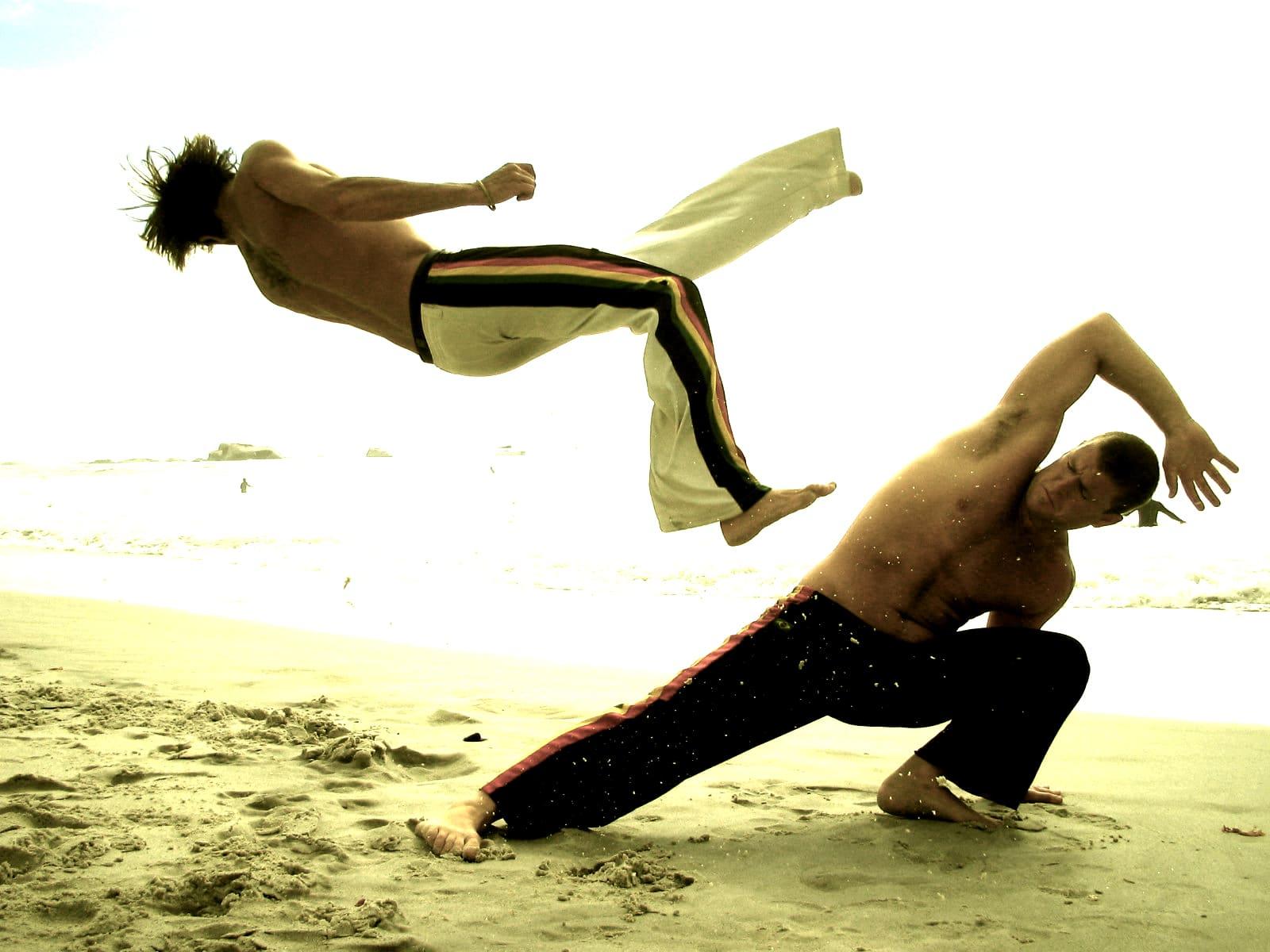Movimientos-de-capoeira-2