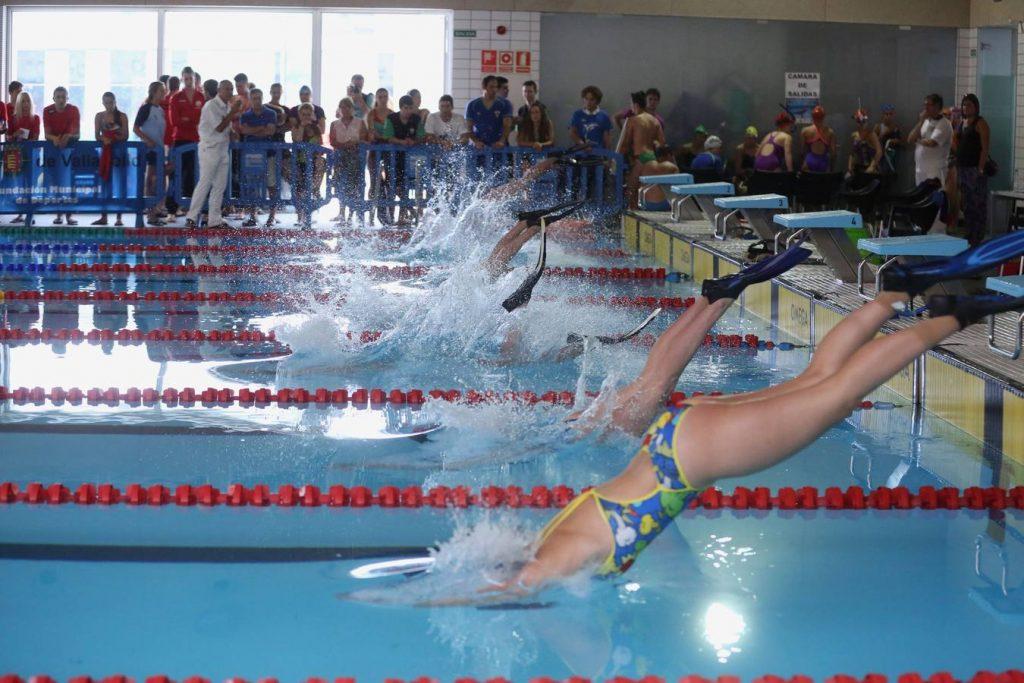 natacion-con-aletas-5