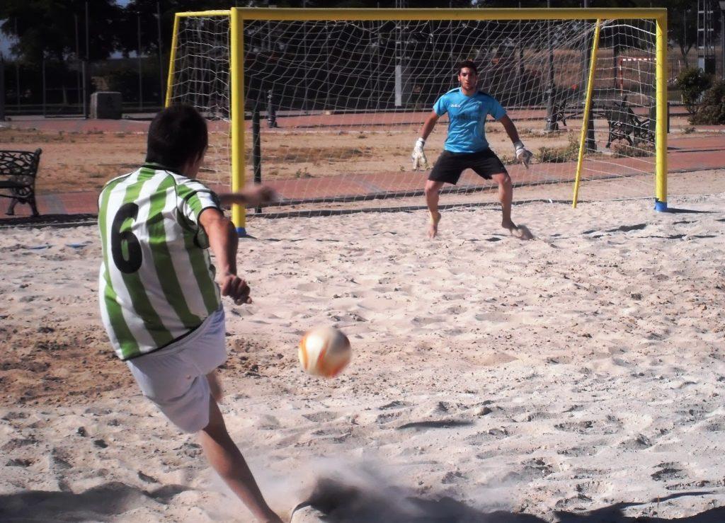 Reglas-del-futbol-playa-4