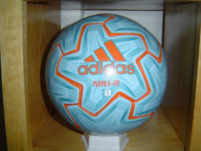 balon-de-futbol-playa-3