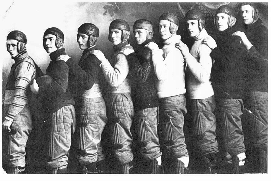 Uniforme-casco-y-guantes-del-Fútbol-Americano