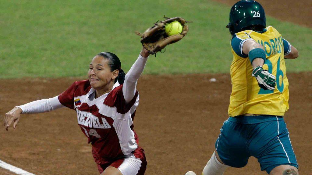 Conoce más sobre el béisbol de mujeres