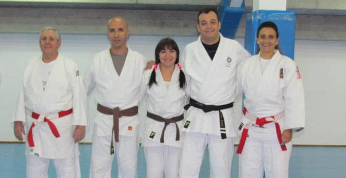 practicantes judo cinturones