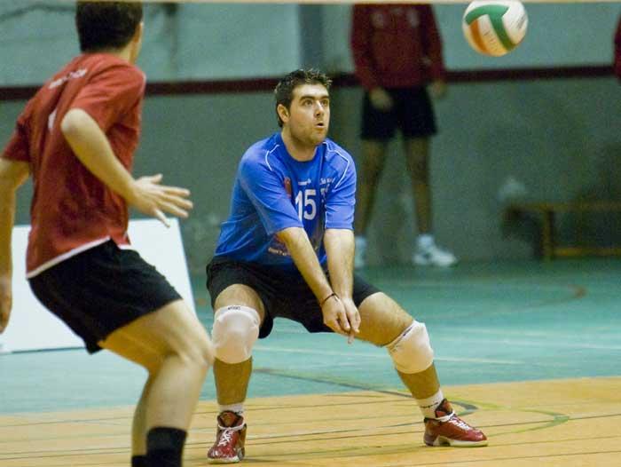 Posición básica del voleibol