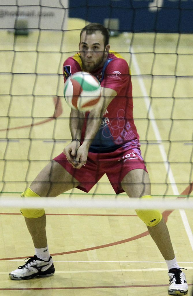 fundamentos técnicos de la recepción en el voleibol