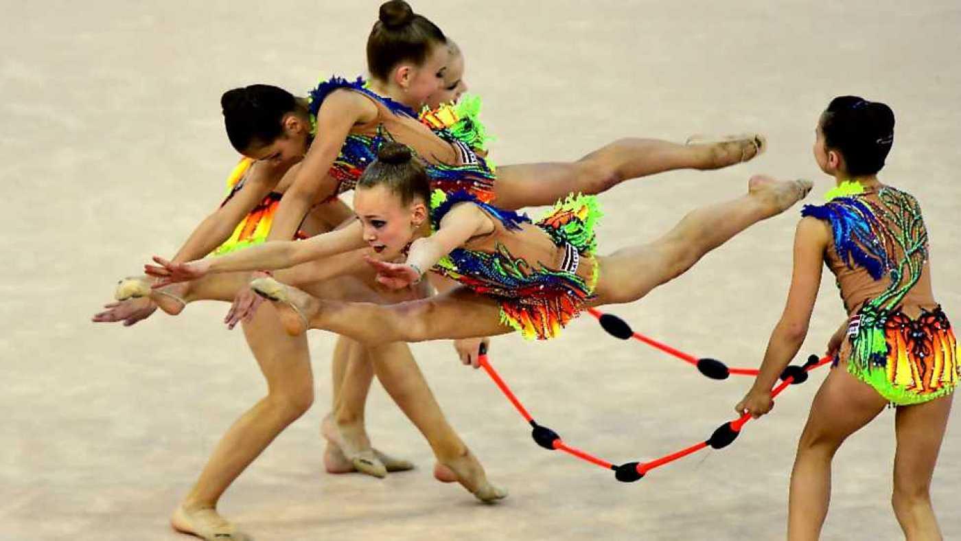Mazas-de-gimnasia-rítmica-5