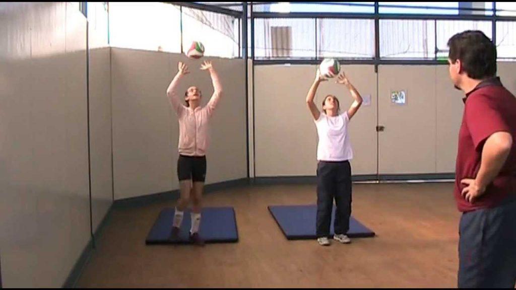aprender todo sobre los ejercicio de entrenamiento de vóleibol