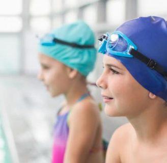 Ejercicios de natación para principiantes niños: autistas, pequeños, y más
