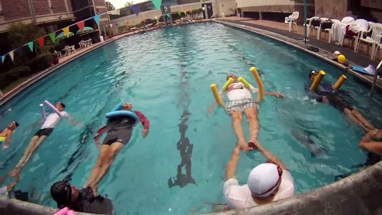 Ejercicios-de-natación-de-espalda-1
