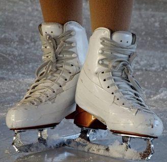 Patinaje sobre hielo: historia, pista, normas, y más