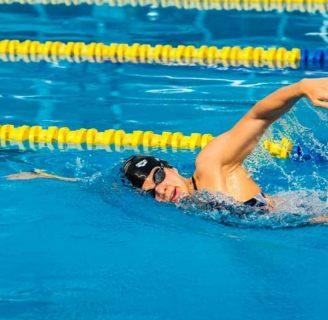 Técnica de natación crol o estilo libre: ejercicios, y mucho más